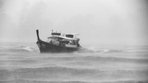 tempestade barco