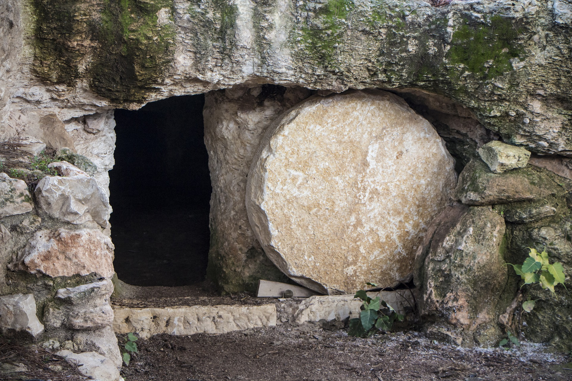 O túmulo vazio de Cristo, o berço da igreja