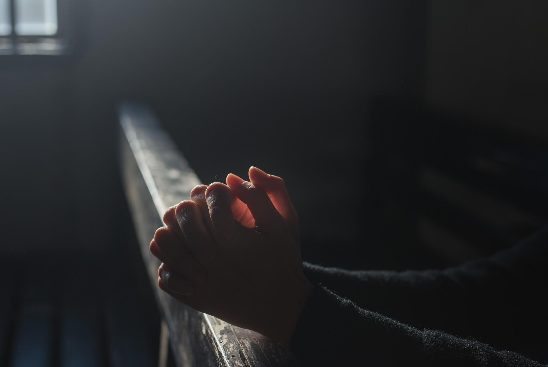 Orando por causas humanamente impossíveis