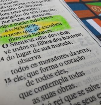 Feliz é a nação cujo Deus é o Senhor